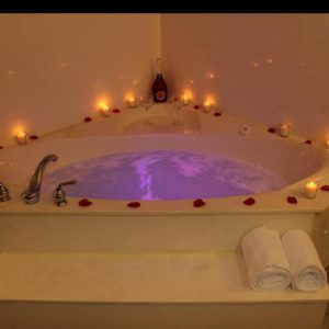 Honeymoon-Suite9